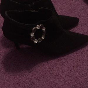 Shoes - Pointed toe black stiletto with jeweled detail.